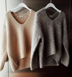 The post Cozy sweaters. 2019 appeared first on Sweaters ideas. Fall Winter Outfits, Autumn Winter Fashion, Winter Clothes, Summer Outfits, Mode Outfits, Casual Outfits, Hipster Outfits, Mode Ab 50, Pullover Shirt