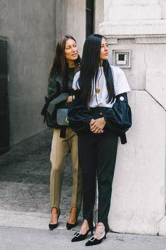 Street Style Milan Fashion Week, septiembre de 2016 those Stirrup pants again Love Fashion, Fashion Outfits, Womens Fashion, Fashion Trends, Fashion Fashion, Fashion Ideas, Stirrup Pants, Moda Paris, Moda Chic