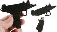 Uzi-shaped USB flash
