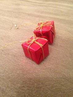 Only 4.99!!  Christmas Present Earrings by kaleidascopekate on Etsy  fashion jewelry accessories holiday festive cheap handmade original