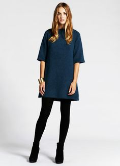 Like this look. Tunic dress with a bit of sex appeal. Knit Dress, Casual Wear, Teal, Normcore, Short Sleeve Dresses, Glamour, Knitting, How To Wear, Mint