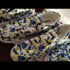 Peter Pilotto Slip Ons in Floral Print These Peter Pilotto (Limited Edition Collection for Target) slip-ons in floral print are preppy yet comfortable and will bring pizazz to any outfit. Low top with cushioned collar. Upper material 100% textile. Extremely lightweight. Someone said that sneakers are the new ballet flats! Peter Pilotto for Target Shoes Sneakers