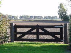 Wondrous Ideas: Old Fence Design english garden fence.Stacked Pallet Fence old fence ideas.Old Fence Design. Pallet Fence, Diy Fence, Fence Landscaping, Backyard Fences, Fence Gate, Fence Panels, Fence Ideas, Diy Gate, Pallet Planters