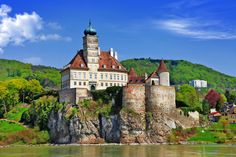 Old Abbey Castle on Danube, Austria puzzle in Castles jigsaw puzzles on TheJigsawPuzzles.com. Play full screen, enjoy Puzzle of the Day and thousands more.