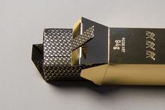 Trois Mages - Festive Gold Bar Soap on Packaging of the World - Creative Package Design Gallery