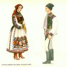Arad, West Plains Traditional House, Traditional Outfits, Folk Costume, Costumes, West Plains, Folk Embroidery, Paper Dolls, 1 Decembrie, Disney Princess