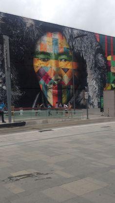 Uma parte do maior mural do mundo, de Eduardo Kobra. #artenasruas #arteurbana #kolosh