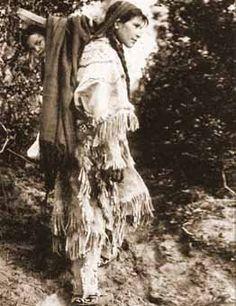 Ojibwa woman and child - no date