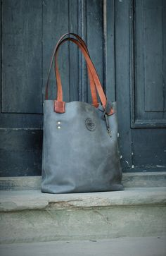 gray oversized handmade leather bag vintage hobo style от ladybuq