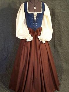 Shop for medieval dress on Etsy, the place to express your creativity through the buying and selling of handmade and vintage goods. Renaissance Fair Costume, Medieval Costume, Renaissance Clothing, Historical Clothing, Renaissance Image, Medieval Gown, Renaissance Fashion, Simple Medieval Dress, Renaissance Outfits