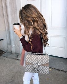 """lillyandleopard: """" Caitlin Covington, Southern Curls and Pearls """" Fashion Bags, Fashion Outfits, Womens Fashion, Fashion Clothes, Grace Kelly Style, Fall Outfits, Cute Outfits, Southern Curls And Pearls, White Ripped Jeans"""