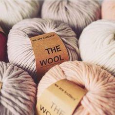 We Are Knitters vous apprend comment crocheter un granny square. Vous pouvez en faire des couvertures, des napperons...