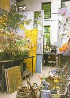 Claire Basler lives and works in a former schoolhouse in Les Ormes, on the outskirts of Paris, where she creates enormous floral arrangements daily as the subject of her large-scale paintings. My Art Studio, Dream Studio, Claire Basler, Studios D'art, Atelier D Art, Inspiration Art, French Artists, Artist At Work, Painting