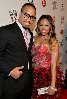 What wwe superstars are dating