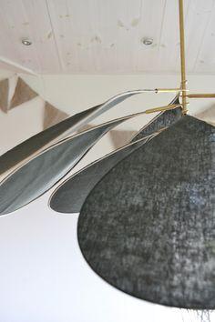 79 inlägg publicerade av leitntos i kategorin DIY Beautiful Interior Design, Interior Design Tips, Interior Ideas, Suspension Diy Luminaire, Diy Home Crafts, Diy Home Decor, Diy Lampe, Drop Lights, Bois Diy