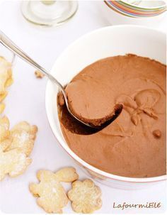 mousse au chocolat de Pierre Hermé aérienne et délicieuse #chocolat #valrhona