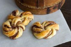 Cinnamon Roll Bread Twists