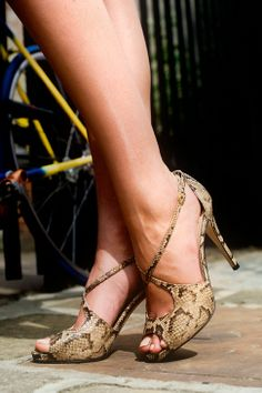 ✪✪✪ Hey, I just found this cool website with some absolutely gorgeous discount shoes on it! Be sure to check it out here => http://womensstyleguide.com  ✪✪✪