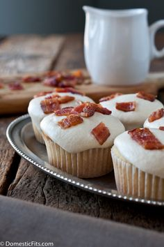 Maple Bacon Doughnut Muffins
