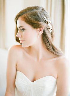 Gorgeous one-side pulled back bridal hairstyle accented with 'Aster' Pearl Comb by Percy Handmade | Photographed by Jemma Keech