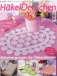 "Photo from album ""Hakel Deckchen on Yandex. Crochet Chart, Filet Crochet, Crochet Motif, Crochet Lace, Crochet Patterns, Knitting Magazine, Crochet Magazine, Crochet Dollies, Magic Book"