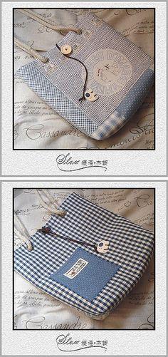 navy bag | Flickr - Photo Sharing!