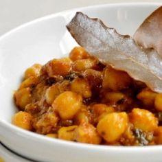 5 indiai étel, amit kötelező kipróbálnod! | Nosalty Chana Masala, Curry, Pork, Ethnic Recipes, Sweet, Kale Stir Fry, Candy, Curries, Pork Chops