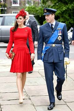Alexander McQueen on Kate for Queens Diamond Jubilee Flotilla