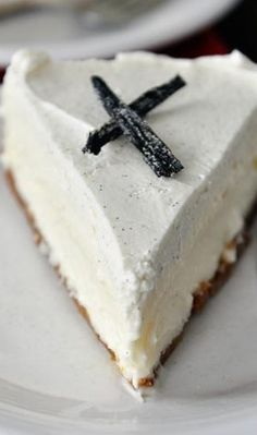 Vanilla Bean White Chocolate Mousse Cheesecake - use GF graham crackers for crust