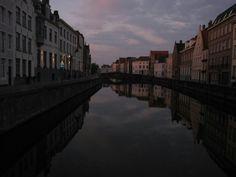 Brujas Bélgica simétrica