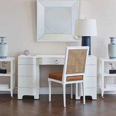 Bouquet Desk - White NEW