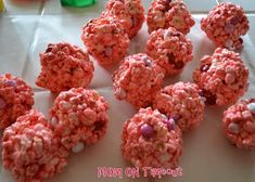 Valentine's Day Popcorn Balls ~ Why not use Rice Krispies? ~ Ingredients: 1 bag of marshmallows (approx. 10 oz) c butter stick) 1 tsp vanilla popped popcorn food coloring (optional) 1 c M or other candy non stick baking spray Valentine Crafts For Kids, Valentines Day Desserts, Rice Krispies Ingredients, Holiday Recipes, Holiday Ideas, Holiday Fun, Popcorn Balls, For Elise, Balls Recipe