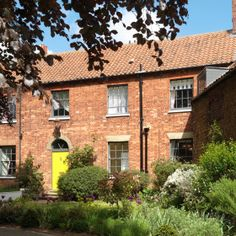 carrinton house, norfolk,Hot Tub and Gardens, say not available, but still shows on web site, think they want to see if they get a weeks booking as it is july peak season our favourite   £ 4,650,  18 people ,£258 with gift from ruth, norwich airport, kings lynn  rail