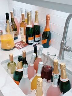 Alcohol Aesthetic, Party Planning, Beverages, Brunch, Food And Drink, Cocktails, Snacks, Healthy, Mood