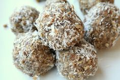The Healthy Happy Wife: Raw No Bake Energy Cookies (Dairy, Grain/Gluten, Egg Free with Refined Sugar Free Option)