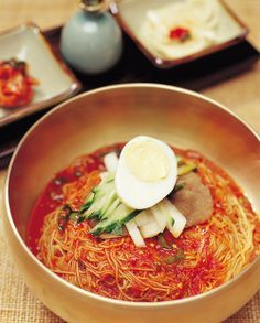 Naengmyeon, cold noodles