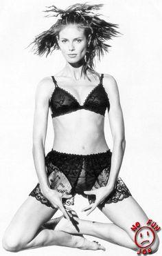 Photos : Heidi Klum montre son minou sexy !