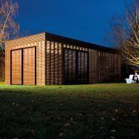 Die modernen Holz Carports aus der Livinlodge PURE-Reihe sind praktisch, zeitlos und sehr langlebig. Die Kombination aus unserer Fachkenntnis und die hervorragende Zusammenarbeit mit führenden Archite