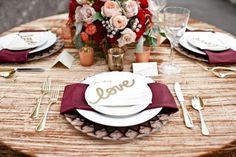 Si eres de la que se casará en otoño y todavía no ha elegido la paleta de colores para su boda, aquí te dejamos varias opciones para que te inspires