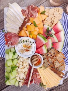 - DomestikatedLife - - Serve this beautiful summer grazing board for a warm-weather appetizer idea. Combine cheese, charcuterie, melon and crackers for easy summer entertaining. Plateau Charcuterie, Charcuterie And Cheese Board, Charcuterie Platter, Cheese Boards, Food Platters, Cheese Platters, Appetizers For Party, Appetizer Recipes, National Fried Chicken Day