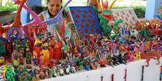 San Martín Tilcajete y sus alebrijes (Oaxaca). Hay figuras de una fauna muy diversa y seres fantásticos de Influencias externas, desde monstruos, pegasos o marcianitos hasta nahuales, expresiones propias de la cosmovisión de los grupos originarios de Oaxaca.