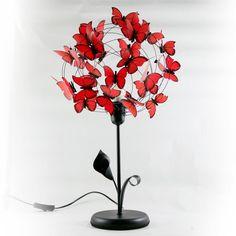 """""""My funny valentine"""", Lámpara de mesa negra de hierro con flor de calla y hoja, hecha con alambre negro y mariposas rojas de papel vegetal francés. #Mitiendanube"""