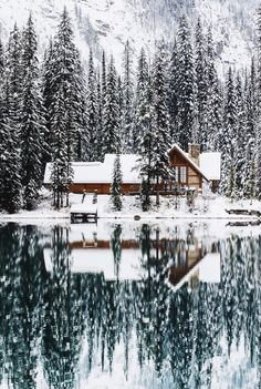 Upknorth: Canada In The Winter. A valid example. Lakeside Cabin In Emerald Lake, Bc. Shot By Stevint At Emerald Lake, Yoho National Park Bungalow, Cabin In The Woods, Cabins In The Snow, Cottage In The Woods, Canadian Winter, Canadian Rockies, Canadian Christmas, Canadian Nature, Winter Beauty