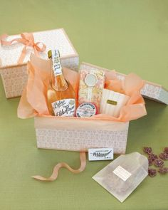 """Guests received custom welcome boxes filled with elderflower water, C.O. Bigelow rose salve, Mor Cosmetics soap, a Tocca candle, and violet candies. """"Everything was flowery and scented,"""" says Kristi."""