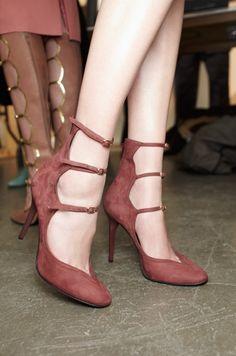 * Walking in Style * / LWren Scott |2013 Fashion High Heels|