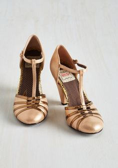 Bold Fashioned Heel | Mod Retro Vintage Heels | ModCloth.com
