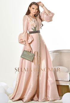New collection Ramadan 2018 by Selma Ben Omar Night Gown Dress, Evening Dresses, Arab Fashion, African Fashion, Glamorous Dresses, Beautiful Dresses, Couture Dresses, Fashion Dresses, Morrocan Dress