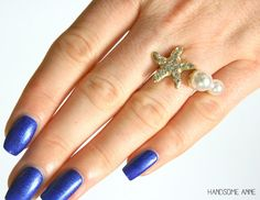 Pretty starfish ring.
