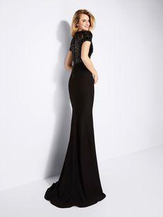Gamila: элегантное нарядное платье из крепа с отделкой бисером. Pronovias | Pronovias