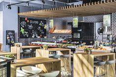 Kastner&Öhler Restaurant La Place Eiche 1s-Massivholzplatten Pergola, Conference Room, Restaurant, Outdoor Structures, Places, Table, Home Decor, Wood Slab, Plywood